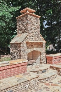 Outdoor Hearth - Highlight Homes 2015